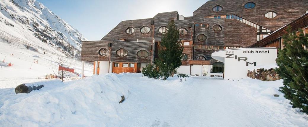Blu Hotel Zirm Kristal ve Schnals - 100 m od lanovky